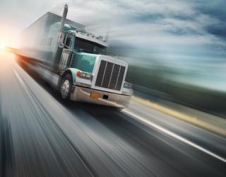 Фотообои грузовик в движении 20320