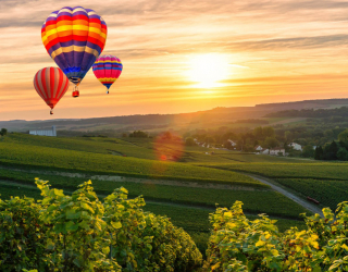 Фотообои Воздушные шары на закате 25977