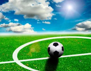 Фотообои Мяч на поле 9146