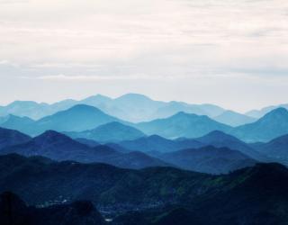 Фотообои синие горы 20597