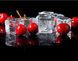 Фотообои Лёд, черешня 13037