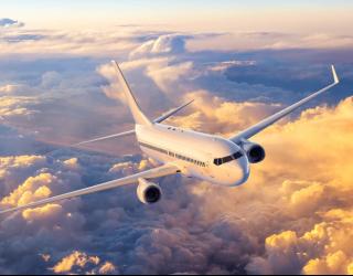 Фотообои Самолёт в небе 27093