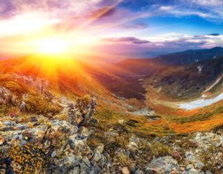 Фотообои Восход в горах 23412
