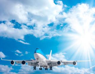 Фотообои Самолет в облаках 7058