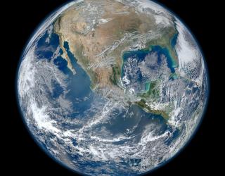 Фотообои планета Земля на черном фоне 20931